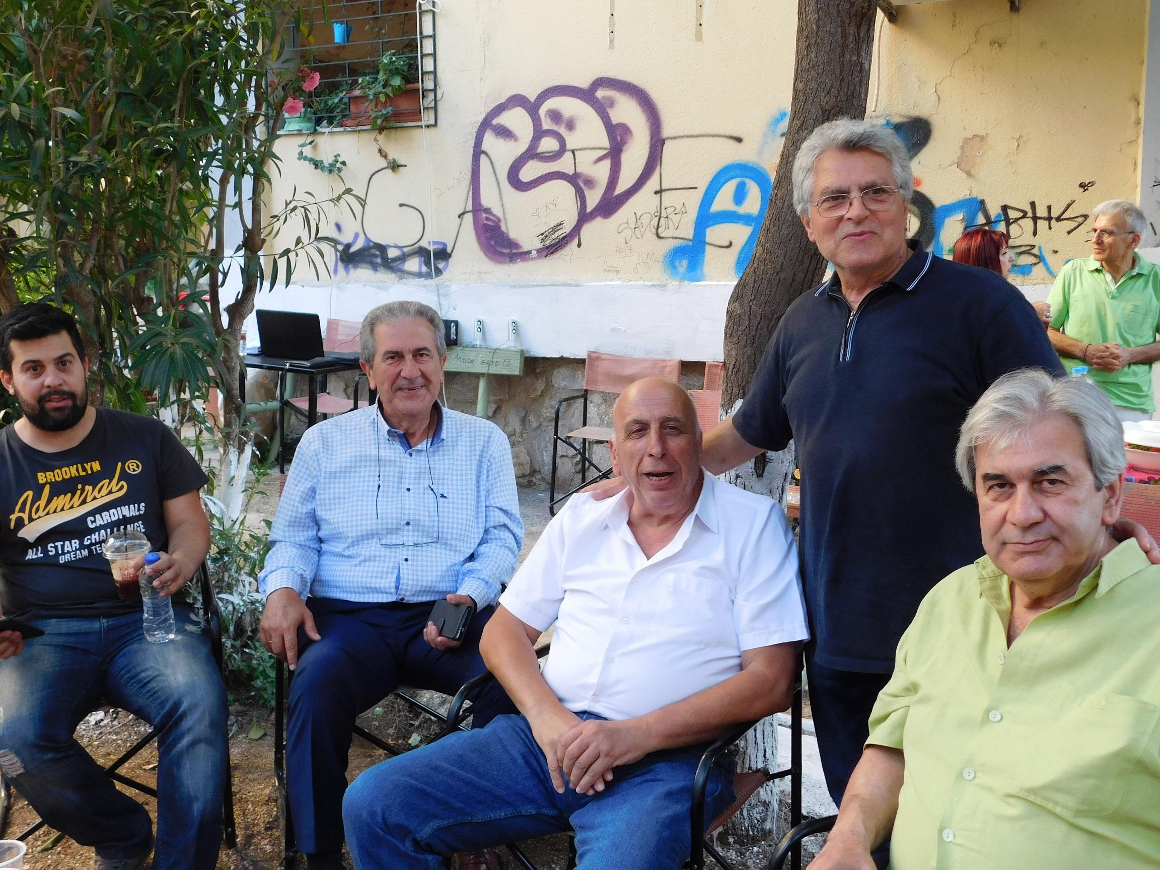 ΚΑΙΣΑΡΙΑΝΗ: Οι παλιοί φίλοι σμίγουν ξανά στην οδό Σμύρνης